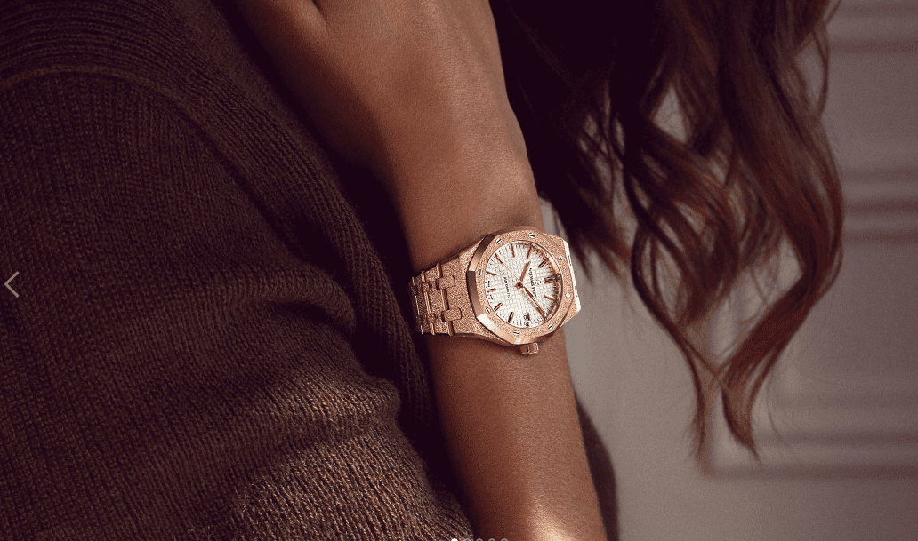 Frosted Gold effect on a 18ct Rose Gold Ladies Royal Oak.