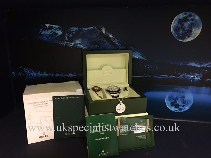 UK Specialist Watches have a stainless steel Rolex daytona white dial - 116520 full set.