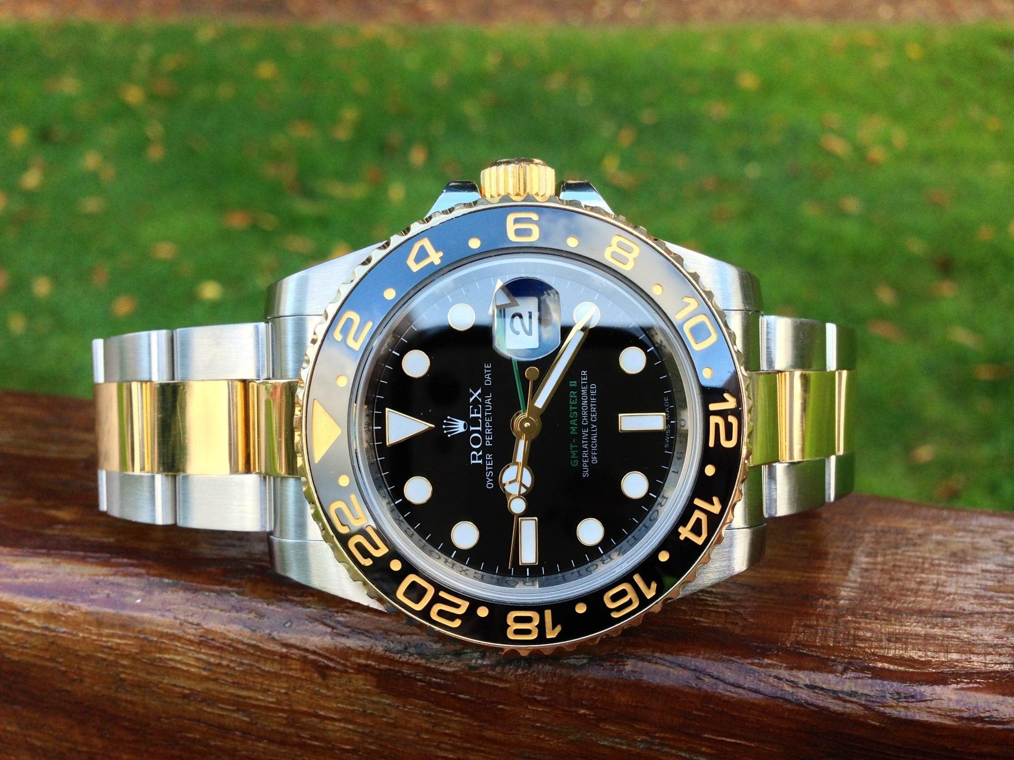 Rolex GMT MasterII - Steel & Gold  116713LN