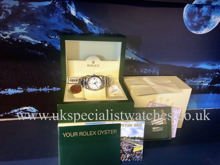 Rolex Oyster Perpetual Date - Steel - White Dial - 115200