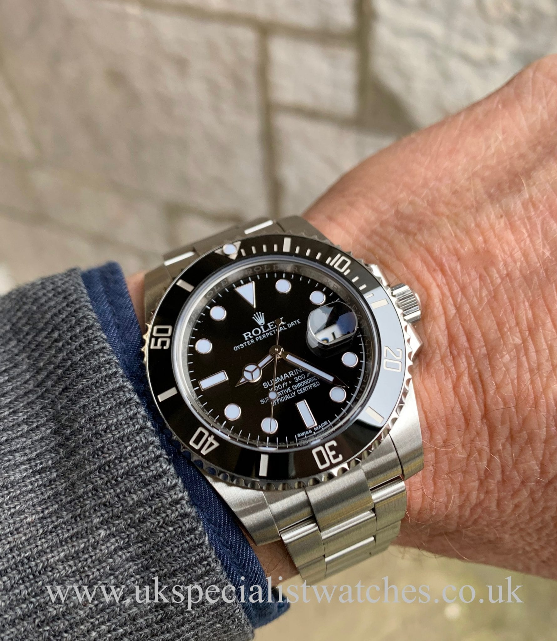 ROLEX SUBMARINER DATE CERAMIC BEZEL \u2013 116610LN , FULL SET