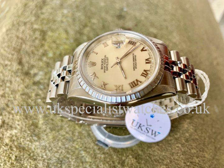 Rolex Datejust 36mm - Steel - Ivory / Cream Dial - 16220Rolex Datejust 36mm - Steel - Ivory / Cream Dial - 16220