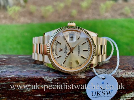 ROLEX DAY-DATE – 18CT YELLOW GOLD – SILVER DIAL – 118238