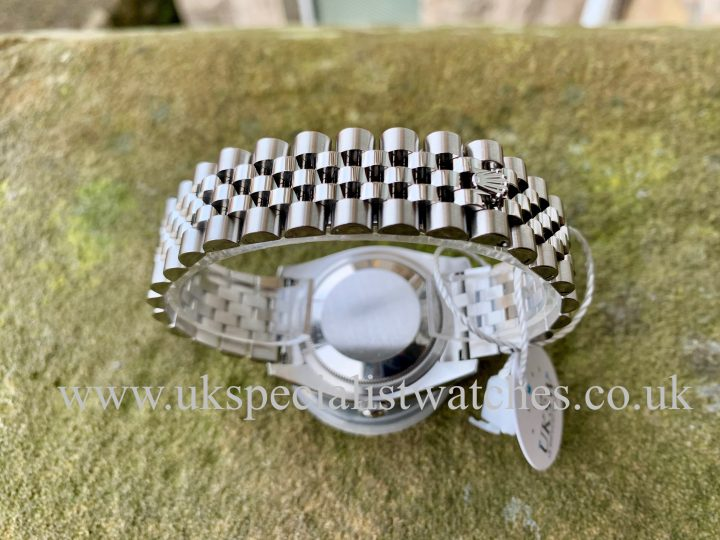 ROLEX DATEJUST GENTS – 36MM – SILVER DIAL - 116234