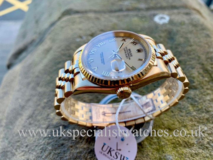 Rolex Day-Date Datejust 36mm - 18ct Yellow Gold - Porcelain Dial - 16238