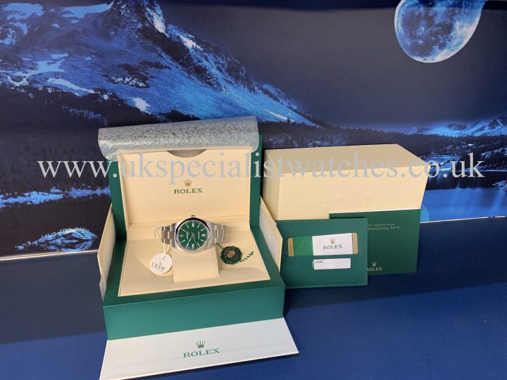 ROLEX OYSTER PERPETUAL 41MM – GREEN DIAL – NEW 2020 124300