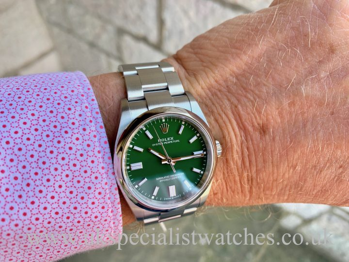 """ROLEX OYSTER PERPETUAL – 36MM """"GREEN"""" – NEW 2020 126000"""