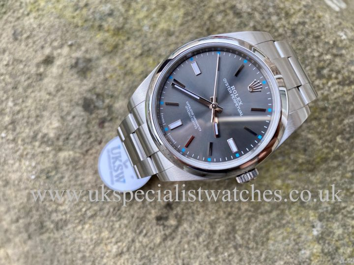 ROLEX OYSTER PERPETUAL - 39MM - RHODIUM DIAL - 114300