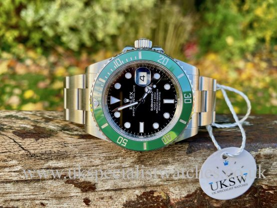 ROLEX SUBMARINER 41MM - STEEL - KERMIT - 126610LV 2020 NEW