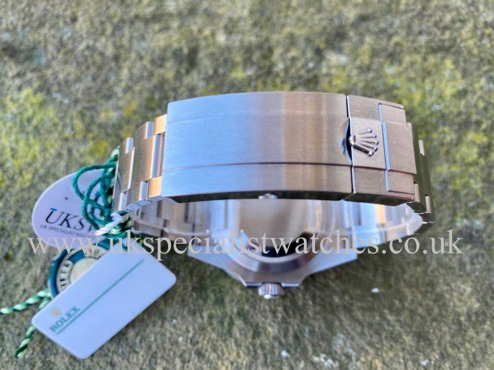 ROLEX SUBMARINER 41MM - STEEL - KERMIT - 126610LV 2020 NEW