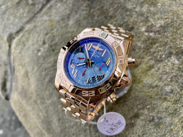 BREITLING CHRONOMAT 01 - LIMITED EDITION / 200 - ROSE GOLD - HB011